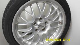 Foto 3 Auto Reifen mit Felge
