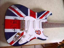Foto 2 Autogramme...Gitarren...LP''s