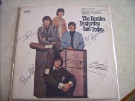 Foto 3 Autogramme...Gitarren...LP''s