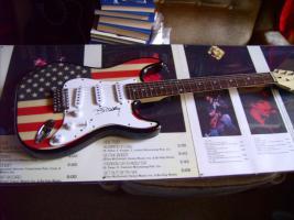 Foto 15 Autogramme...Gitarren...LP''s