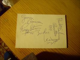 Foto 25 Autogramme...Gitarren...LP''s