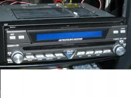 Foto 2 Autoradio DVD Player mit Touch Screen Monitor