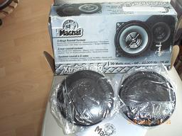 Foto 3 Autorradio, CD-Wechsler und Einbaulautsprecher