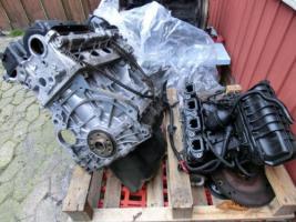 Foto 4 BMW Motor für 318i / E 46 / Bj. 2003 /70000km/ defekt / muß zusammgesetzt werden