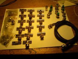Foto 2 BNC Stecker und Terminator Sortiment für Netzwerk oder Video