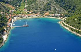 BUILDING LAND, FIRST ROW TO THE SEA in Trstenik, Croatia