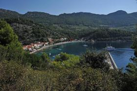 Foto 4 BUILDING LAND, FIRST ROW TO THE SEA in Trstenik, Croatia