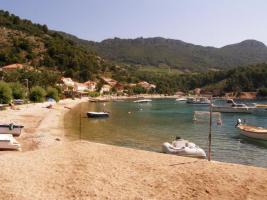 Foto 10 BUILDING LAND, FIRST ROW TO THE SEA in Trstenik, Croatia