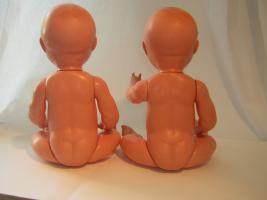 Foto 2 Baby-Puppen