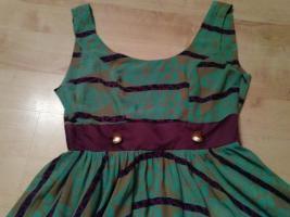Foto 2 Babydoll-Kleid mit Charme der 70er Jahre von Tricia Fix Gr. 36
