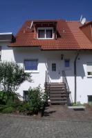 Bad Bergzabern Gro�z�gige Doppelhaush�lfte Bj. 2001 mit Einliegerwohnung