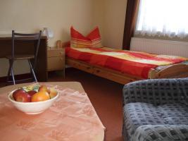 Foto 2 Bad Langensalza möbliertes Zimmer Wohnung