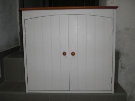 Badmöbel ( moderner Hängeschrank und dazugehöriger Spiegelschrank)