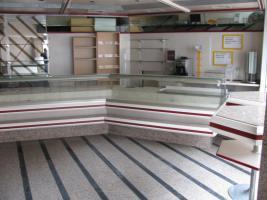 Foto 3 Bäckerei mit komplette Einrichtung