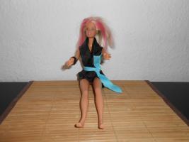 Barbie Puppe mit Strandkleid Mattel Spielzeug