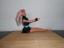 Foto 2 Barbie Puppe mit Strandkleid Mattel Spielzeug