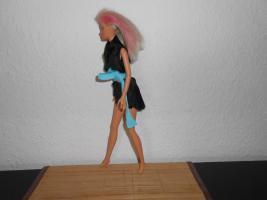 Foto 5 Barbie Puppe mit Strandkleid Mattel Spielzeug