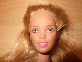Foto 2 Barbie Teenager