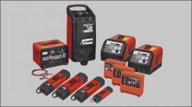 Batterieladegeräte ITALY Sonderangebot 230-400Volt