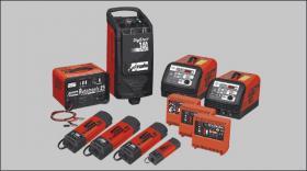 Foto 5 Batterielader+Sofortstarter Neuheit 2012