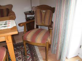 Foto 2 Bauernsofa Eiche mit 4 Stühlen