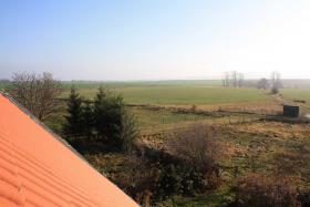 Foto 2 Bauland 2.012qm (teilbar) mit Bauernhaus, unverbaub. Südblick