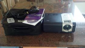 Beamer BenQ PB6200 HD mit Tasche