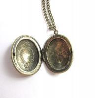 Foto 2 Beerenschimmer Amulett Kette