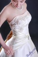 Foto 4 Beiges Brautkleid