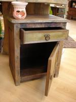 Foto 2 Beistellschrank aus Recycel-Holz