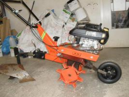 Foto 2 Benzinmotorfräse