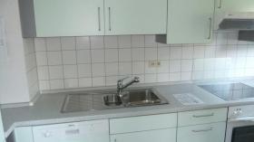 Foto 4 Betreutes Wohnen in Metzingen: lichtdurchflutete 3-Zimmer-Wohnung mit Südbalkon und Blick ins Grüne