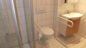 Foto 5 Betreutes Wohnen in Metzingen: lichtdurchflutete 3-Zimmer-Wohnung mit Südbalkon und Blick ins Grüne