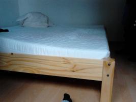 Bett 180&200 mit Lattenrost und Matratze