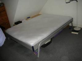 Bett 1,40 x 2,0m - TOP Zustand