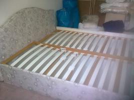 Foto 3 Bett mit Lattenrost und Bettkasten