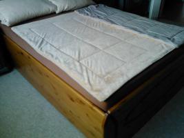 Foto 3 Bett mit Matraze