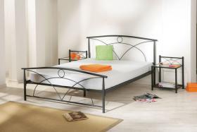 Bett und Nachttisch zu verkaufen