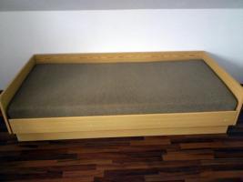 Foto 2 Bett mit integriertem Bettkasten und hochwertiger Matratze