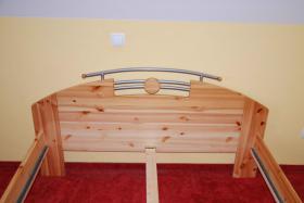 Foto 3 Bett massiv Kiefer mit Lattenrost und Matratze (140x200cm)