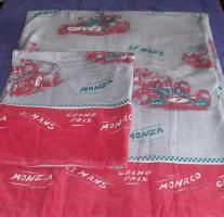 Bettwäsche(4 X) und Spannbetttücher(2 X)