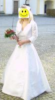 Foto 3 Bezauberndes Brautkleid mit Bolero und Reif