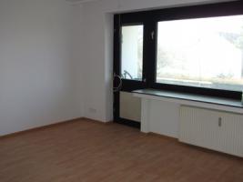 Foto 3 !!Bezugsfertige 4,5 Zi.-Wohnung mit Balkon!!