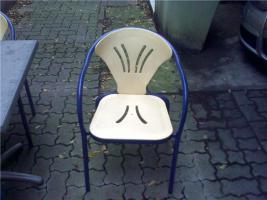 Foto 2 Biergartenmöbel, 1 Tisch mit 4 Stühlen