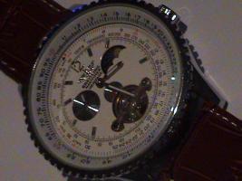 Biete hier eine Breitling Uhr Navitimer Heritage Mondphase Automatic an