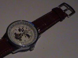 Foto 2 Biete hier eine Breitling Uhr Navitimer Heritage Mondphase Automatic an
