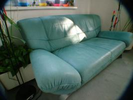 Foto 2 Biete ein Gebrauchtes Design Sofa/Couch 3-sitzig und und dazugehörigem Sessel