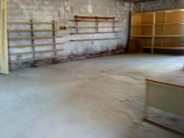 Foto 2 Biete Lagehalle und Werkstatt gemeinsam ca. 250 qm und zusätzlich asphaltierte Freiflächen zur Vermietung an!