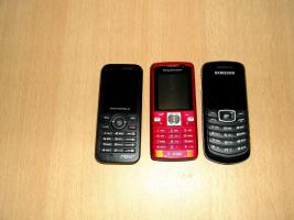 Biete zum verkauf 3 Prepaid Handys