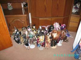 Bitte meine Sammlung von Porzelan u Harlekin zum verkauf an